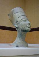 Отдается в дар Нефертити
