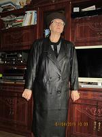Отдается в дар пальто кожанное р-р 52