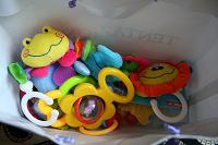 Отдается в дар игрушки-погремушки