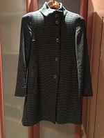 Отдается в дар Женское пальто 42 размер