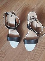 Отдается в дар Обувь 39-38 размер