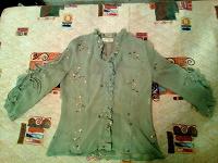 Отдается в дар Рубашка женская ретро, размер 44