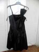 Отдается в дар Платья и блуза на 44 -46 размеры
