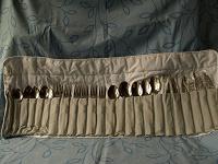 Отдается в дар Набор посуды для пикника на шесть персон