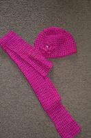 Отдается в дар Комплект шапочка и шарф девочке