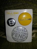 Отдается в дар Значки Fendi