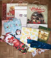Отдается в дар Бумажные подарочные пакеты