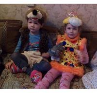 Отдается в дар Детские маскарадные костюмы для мальчика и девочки 3-5 лет