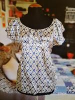 Отдается в дар Женская одежда 42р-р