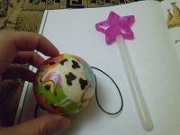 Отдается в дар Палочка для феи и мячик на резинке