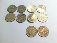 Отдается в дар Кучка монет СССР, плюс пуговицы ( империя )