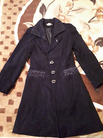 Отдается в дар Синее пальто с бархатом 42