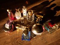 Отдается в дар Флаконы от парфюма.