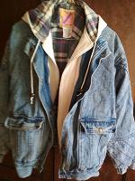 Отдается в дар Джинсовая курточка 48 50 размер.