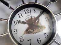 Отдается в дар Настенные часы и чайный сервиз