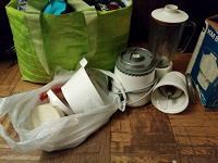 Отдается в дар Кухонный комбаин советского периода