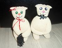 Отдается в дар Интерьерные игрушки: кот и кошка