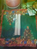 Отдается в дар 2 свечи парафиновых, хозяйственных.