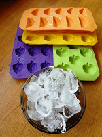 Отдается в дар формы для льда или мыловарам
