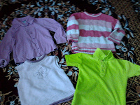 Отдается в дар рубашка, футболки, свитер на девочку 105-110 см