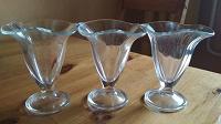Отдается в дар Три стеклянные вазочки для десерта