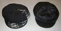 Отдается в дар Две шапки-кепки