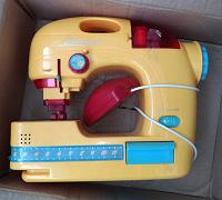 Отдается в дар Игрушка — швейная машинка