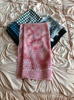 Отдается в дар Шарфы, платки, носки и колготки