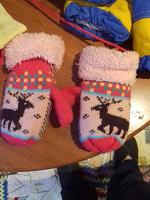 Отдается в дар рукавички на девочку 1-3 года