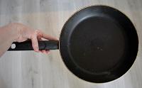 Отдается в дар сковорода tefal
