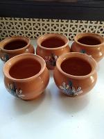 Отдается в дар глиняные горшочки 5 шт.