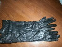 Отдается в дар Перчатки кожаные до локтя