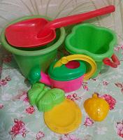 Отдается в дар Набор игрушек для песочницы