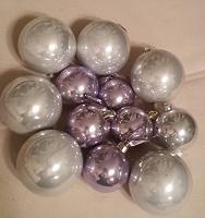 Отдается в дар Елочные шары 12 штук
