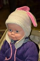 Отдается в дар Детские шапочки девочкам на 9-12 месяцев
