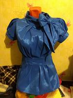 Отдается в дар Праздничная блуза 44-46