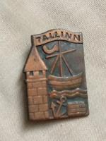 Отдается в дар Значок Таллин