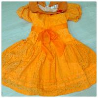 Отдается в дар Оранжевое платье 3-4 года