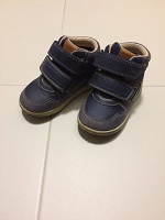 Отдается в дар Детские ботинки GEOX размер 23