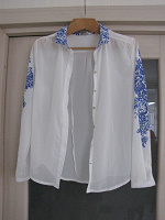 Отдается в дар рубашка женская белая