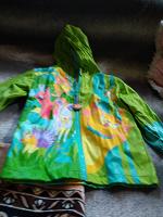 Отдается в дар Курточка от дождя на 5-6 лет
