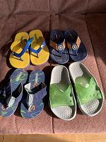 Отдается в дар Коллекция детских шлёпок тапок