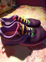 Отдается в дар Отличные модные кроссовки 37 размер
