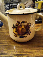 Отдается в дар Эмалированный чайник на 1л.