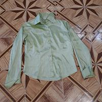 Отдается в дар блузка-рубашка 50-52 р-р