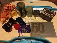Отдается в дар Копилка, свечи, шкатулка, очки