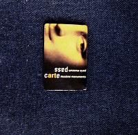 Отдается в дар Путиводитель по музеям Парижа с карманом для карточки