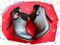 Отдается в дар Ботиночки-туфли новые