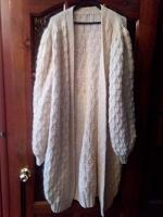 Отдается в дар Вязаное длинное пальто или очень длинная кофта.