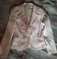 Отдается в дар Нежно-розовый пиджак